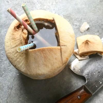 Trink-Kokosnuss