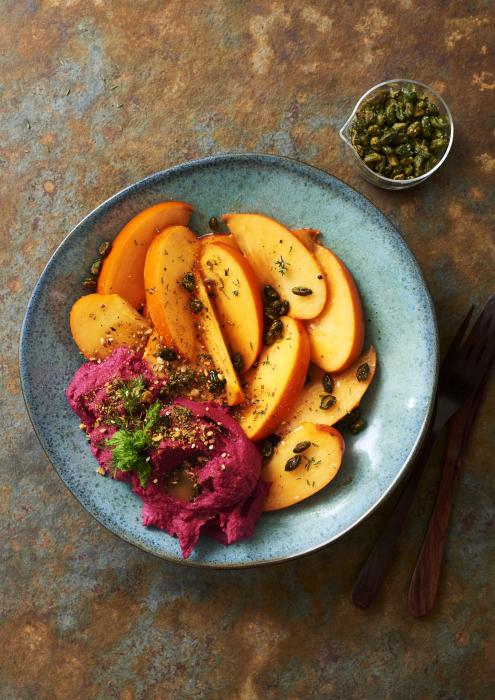 persimmon-mit-rote-bete-hummus