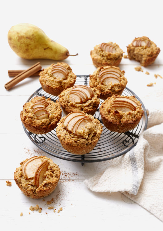 gesunde fr hst cks muffins mit birnen eat sleep green. Black Bedroom Furniture Sets. Home Design Ideas