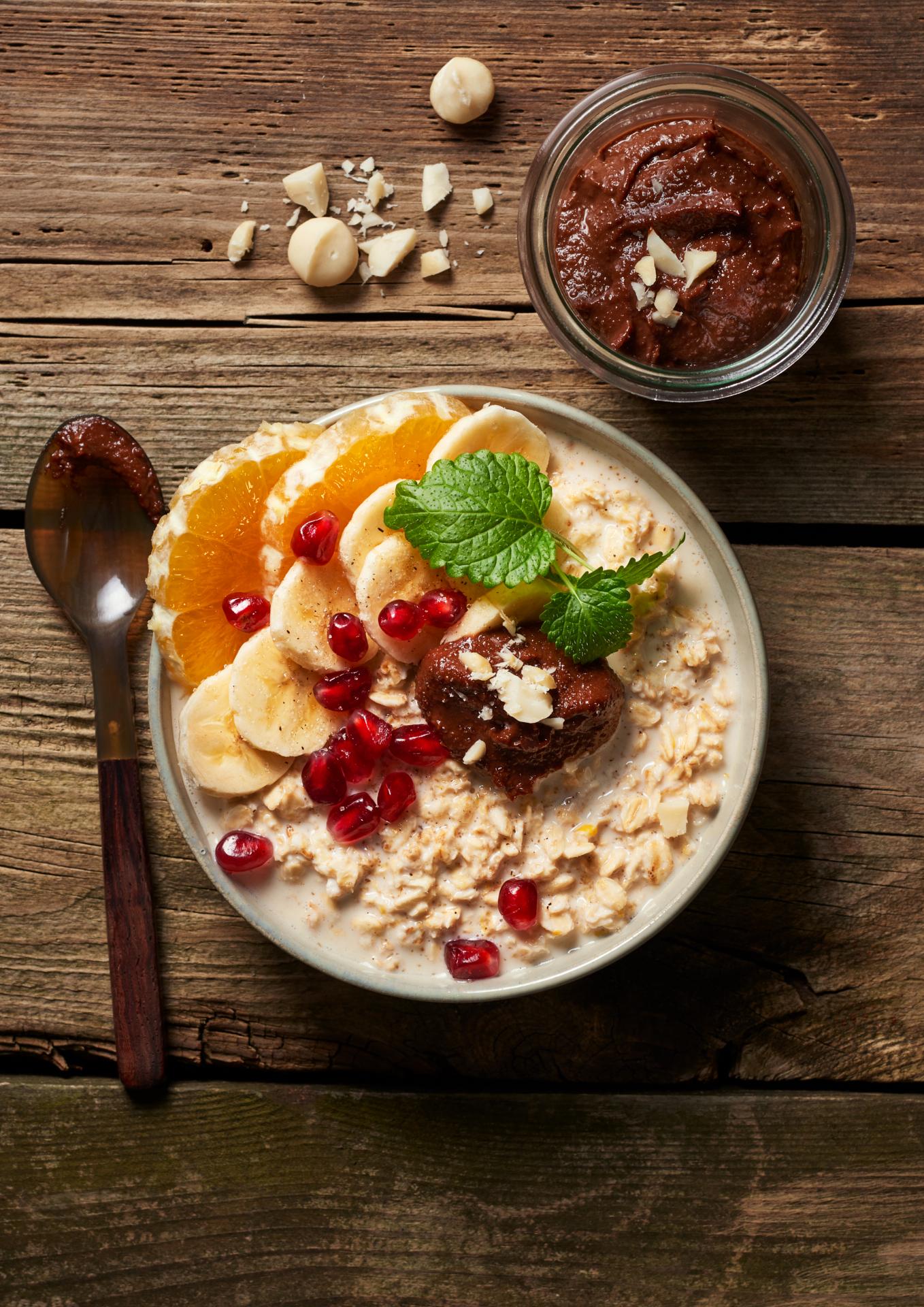 macadamia-creme-vegan-gesunde-fette-overnight-oats-fruechte-haferflocken