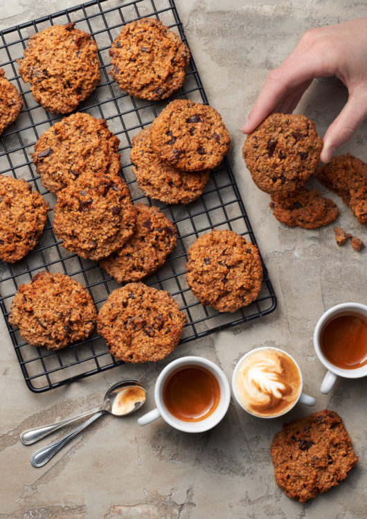 cookies-vegan-peanutbutter-chocolate-orange-without-flour-coffee-cups