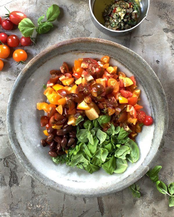 tomaten-oliven-basilikum-soffritto-sommerrezept-pasta-fredda