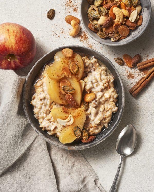 porridge-apfel-zimt-nuss-crunch-frühstück-gesund-breakfastbowl