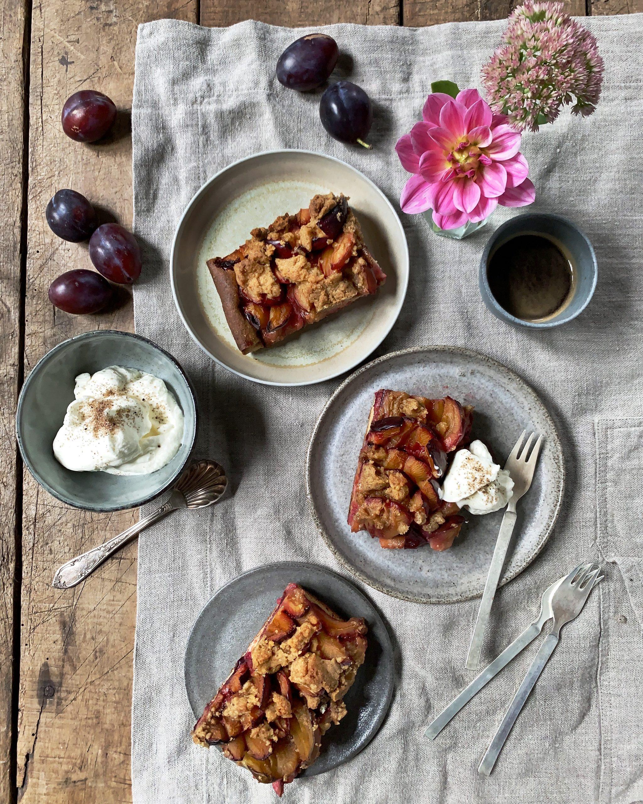 zwetschgenkuchen-zwetschgendatschi-kaffeetafel-streuselkuchen-zwetschkenkuchen